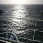 Widok na morze z mostku kapitańskiego na promie Skania