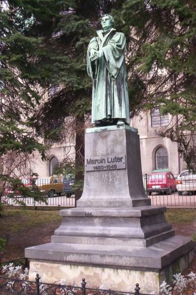 Pomnik Lutra